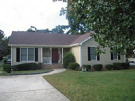 Charming 3 Bedroom Ranch Home with Sun Room